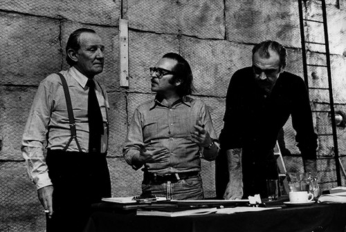 A script discussion between Trevor Howard (Superintendent Cartwright), Director Sidney Lumet, and Sean Connery ( Detective-Sergeant Johnson.